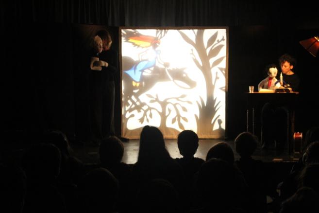Juego de sombras y títeres para nuestros alumnos de CE1