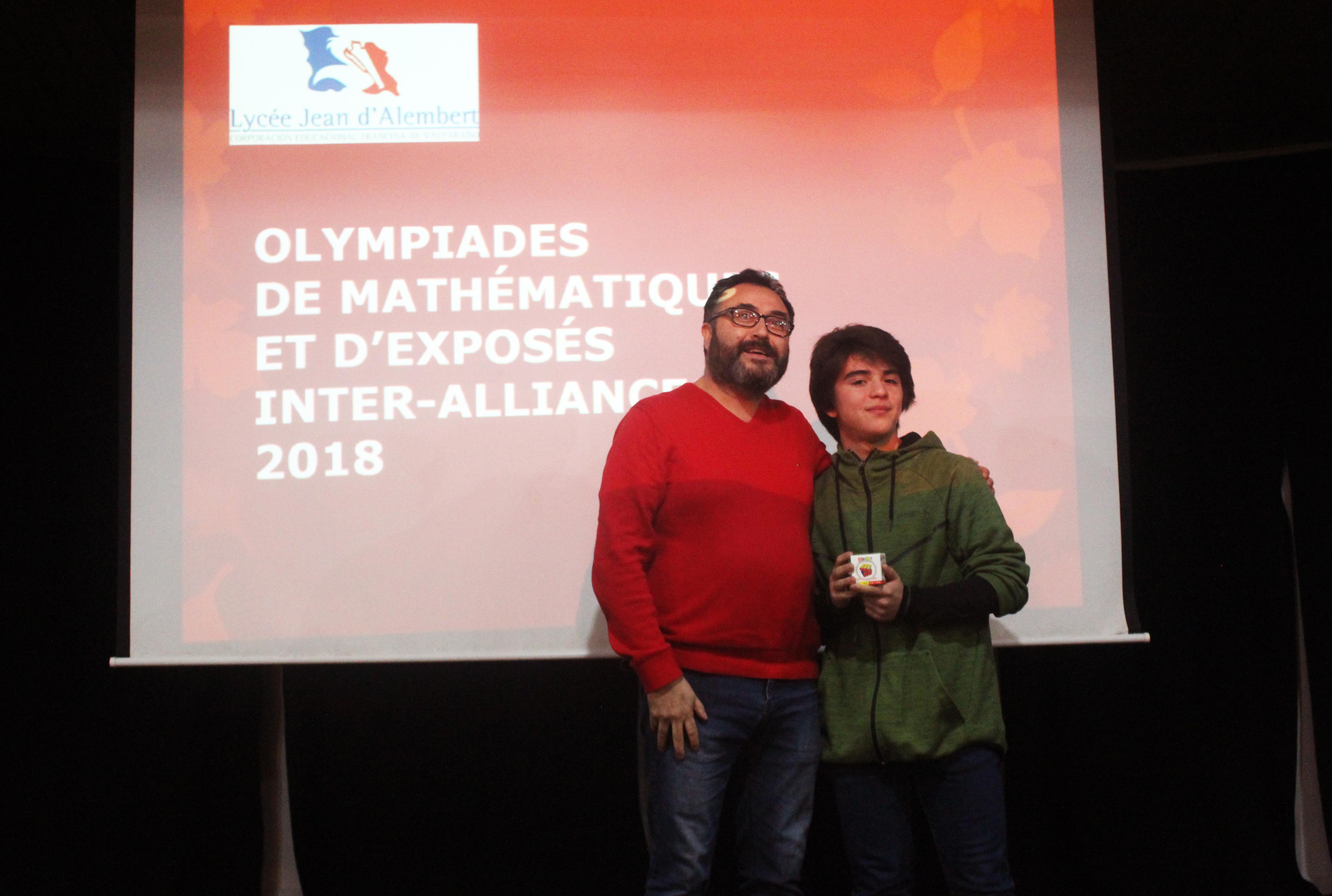 Prix remis par le professeur Juan Carlos Galindo du Lycée Jean Mermoz de Curicó