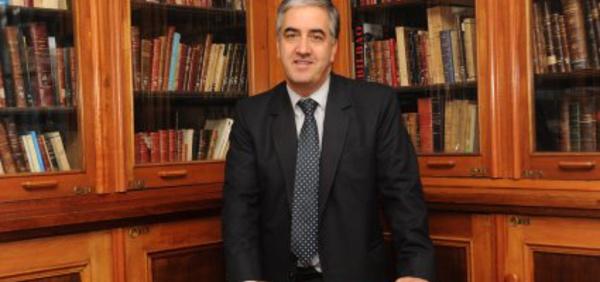 Encuentro con Rodrigo Pineda, Constitucionalista
